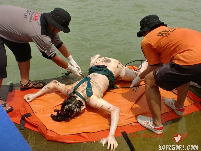 Изнасилована, убита, выброшена в реку.
