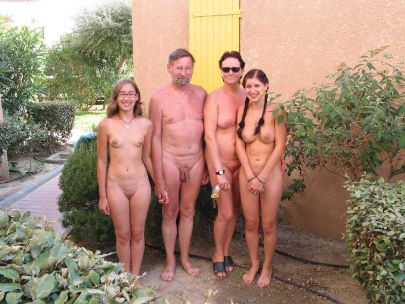 Секс семейных нудистов