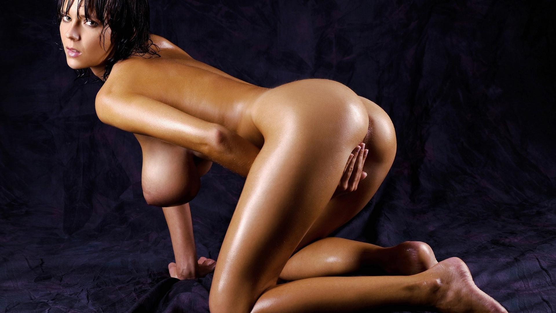 голые девушки в душе в масле фото с графикой hd