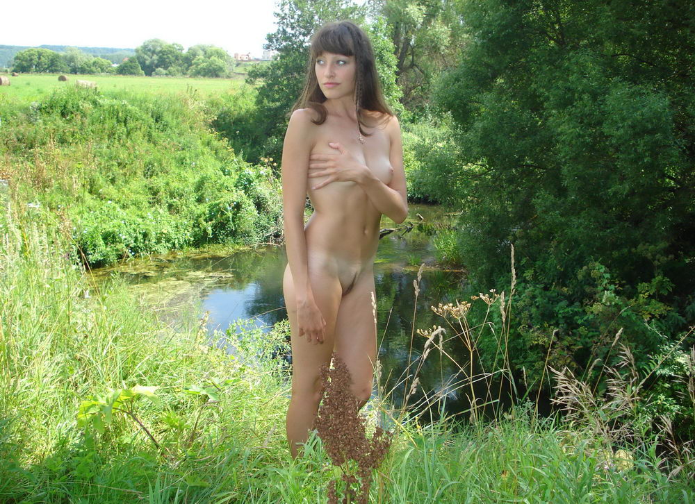 последний голые девушка фото