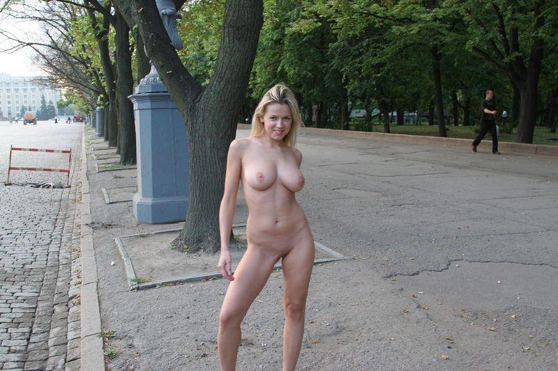 такой фото голых пышнотелых женщин мне советуете?