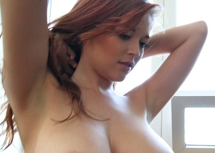 Pretty girl boobs pic