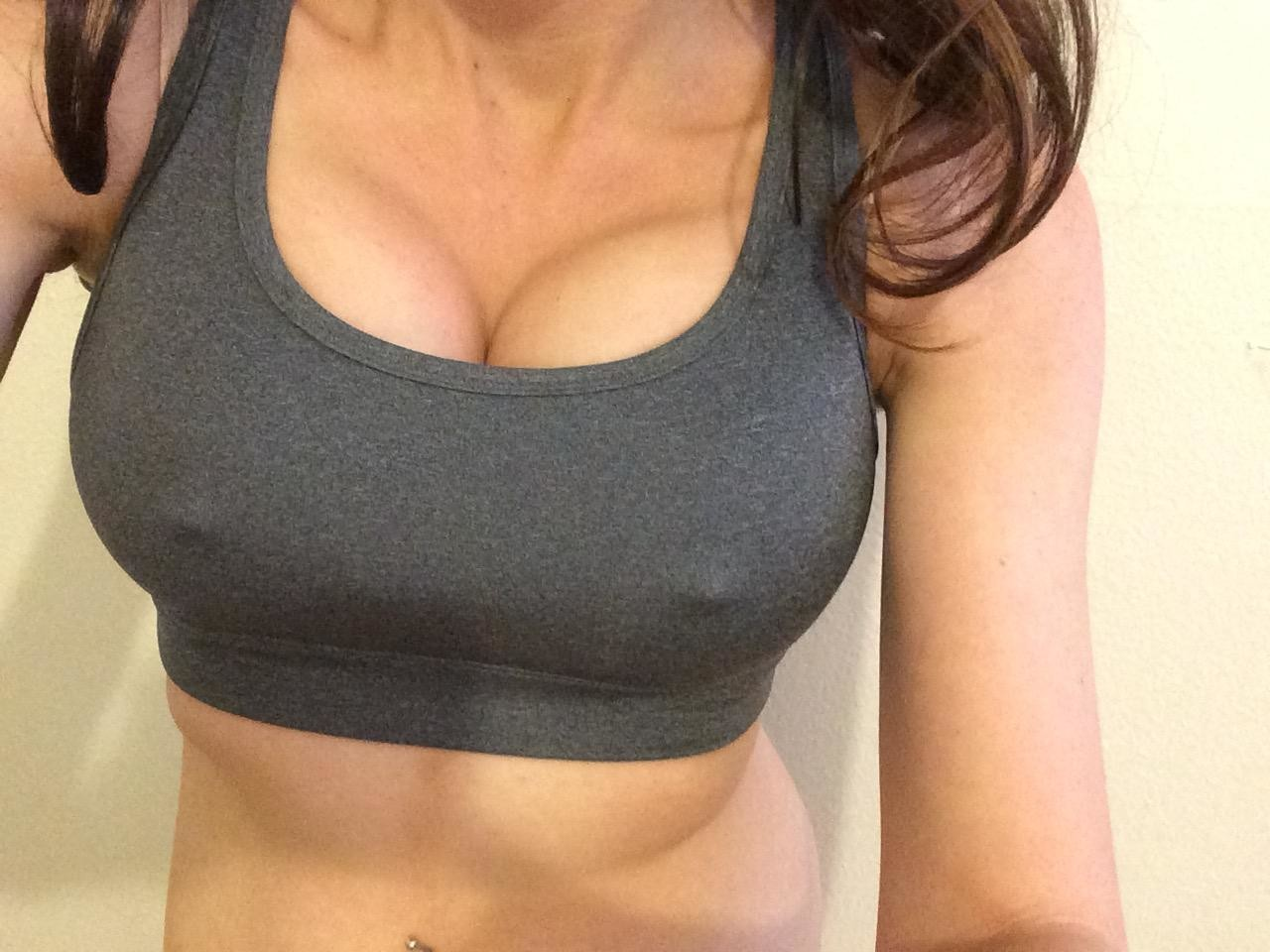 Фото женской груди 4 размера 1 фотография