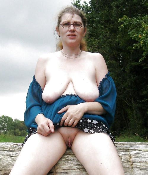фото голых баб с висячими сиськами
