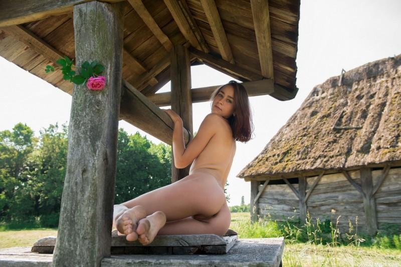 Хорошо в деревне зимой порно фото