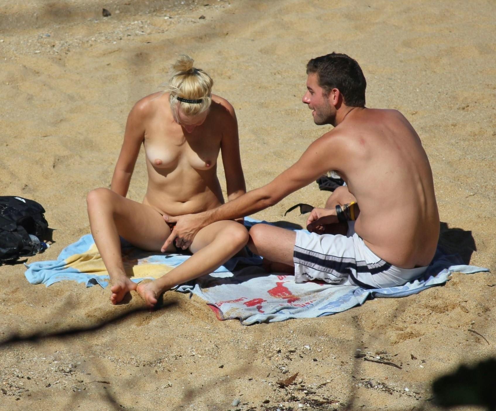 nudistki-onlayn-foto