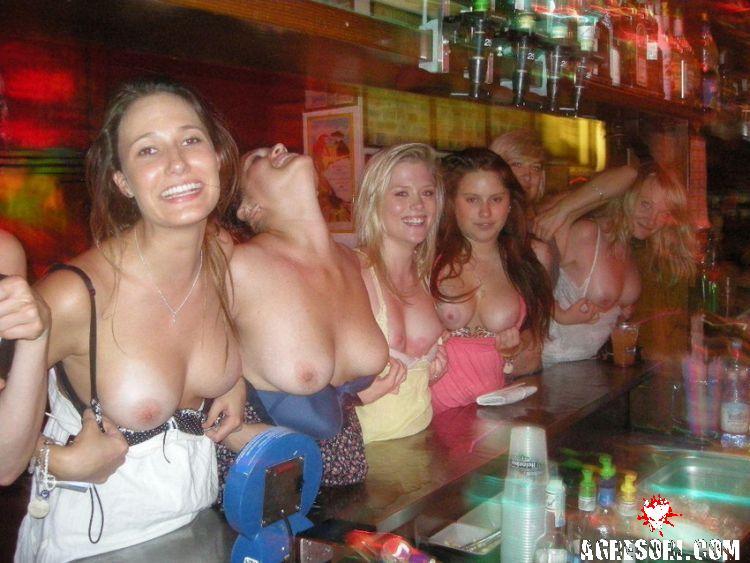 интимные фото женщин с вечеринок