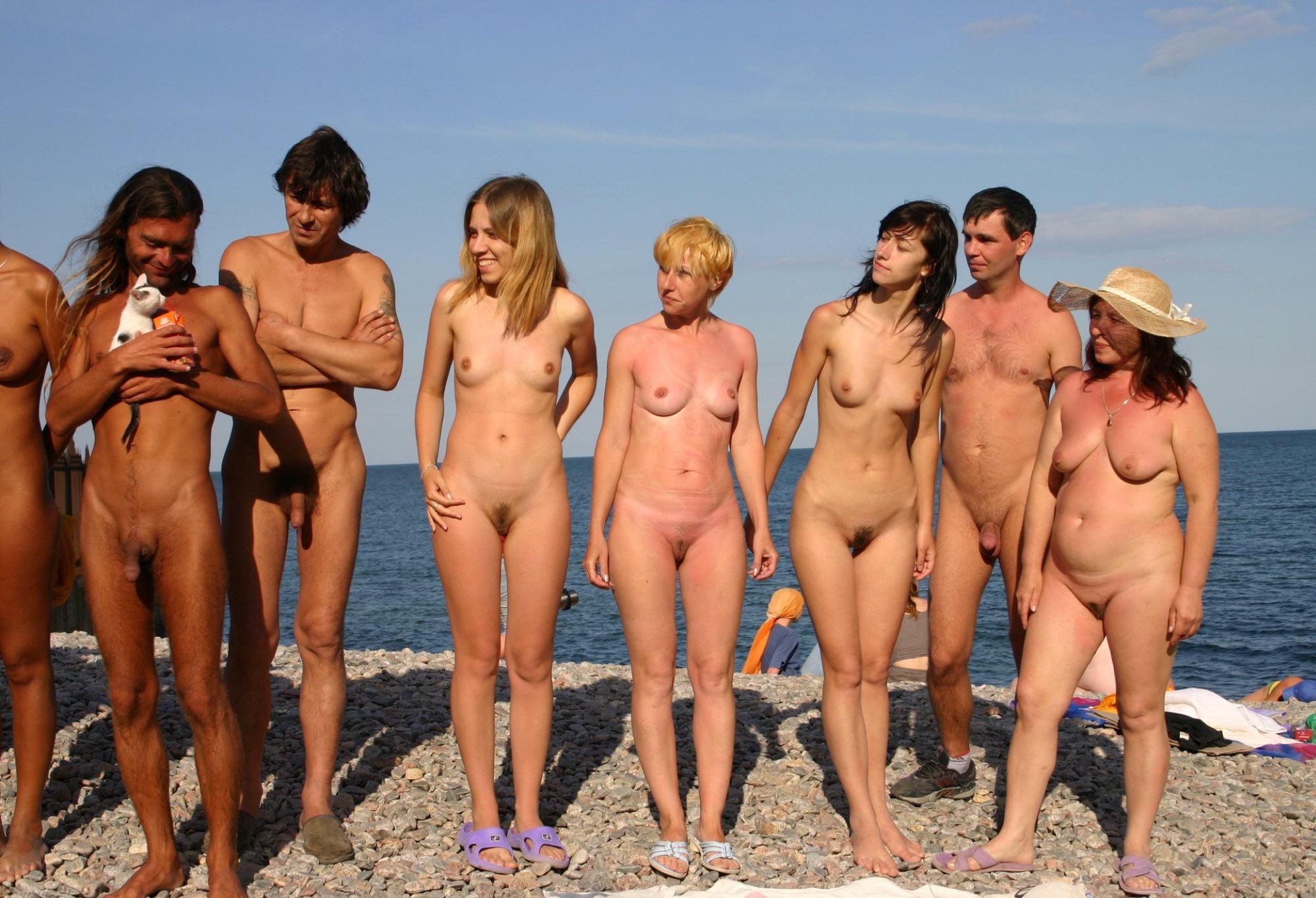 фото голые семьи в банях