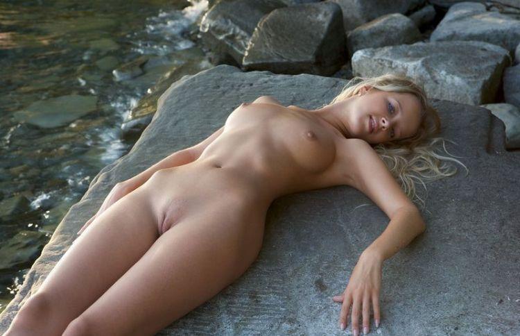 фотографии голых девушек яндекс фото