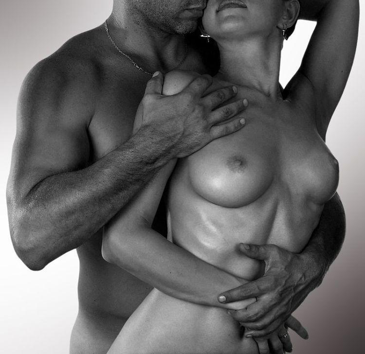 Эротические красивые фото голых женщин с мужчинами