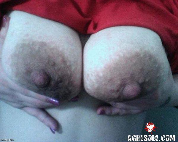 фото больших ореолов соска женщин