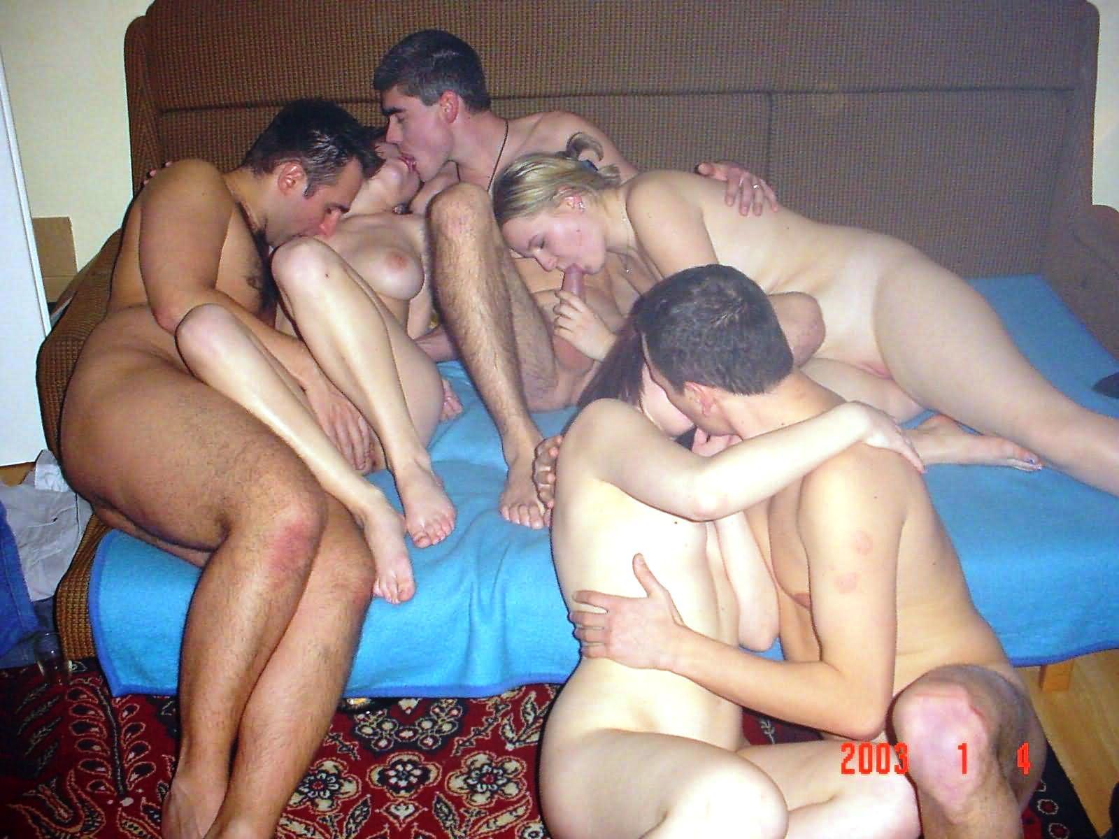 domashnee-gruppovoe-porno-vk